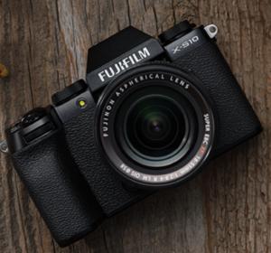 <span>FUJIFILM X-S10 Promotion</span><i>→</i>